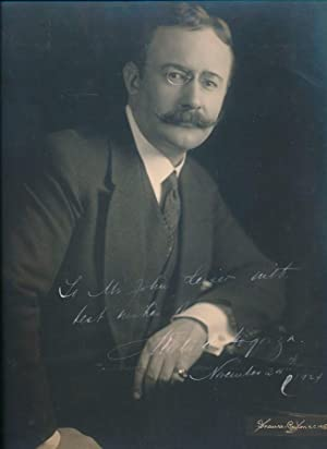 Inscribed Photograph Signed: DE GOGORZA, Emilio (1874-?)