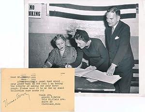 Signature / Unsigned Photograph.: DEWEY, Thomas E. (1902-71).