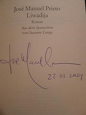 Liwadija, Roman, Aus dem Spanischen von Susanne Lange,: Prieto, José Manuel: