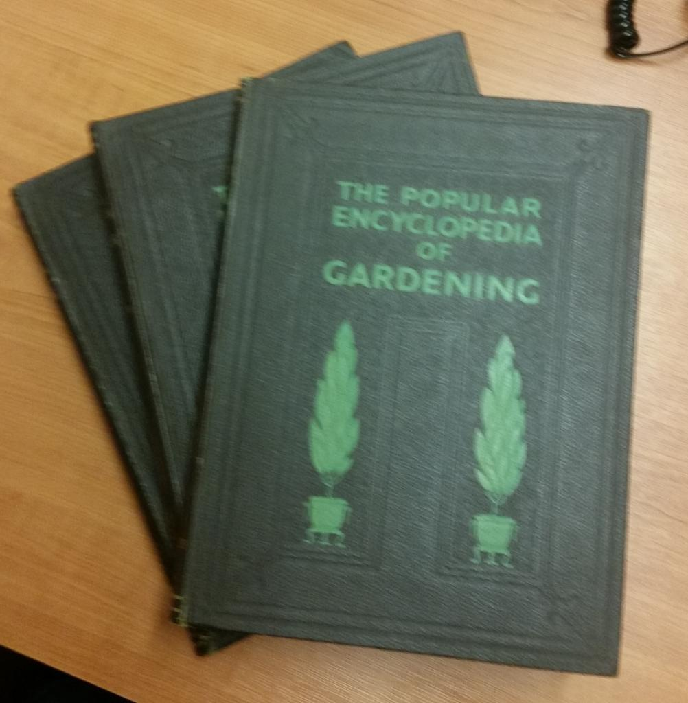 The Popular Encyclopedia of Gardening, Complete in 3 Volumes: Gordon Forsyth : H H Thomas (editors)