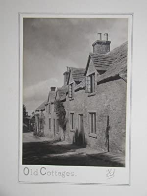 Old Cottages. (English Village Scene.)