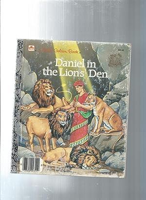 Daniel in the Lions' Den: Daniel 1-2,4-6: Broughton, Pamela /