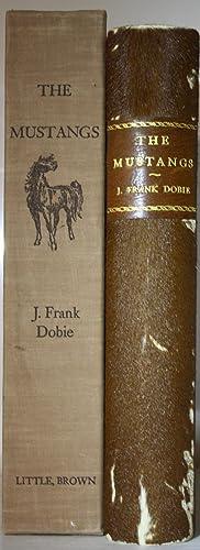 The Mustangs: Dobie, Frank J.