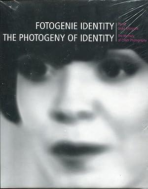 Fotogenie identity. Pamet ceske fotografie = The Photogeny of Identity. The Memory of Czech ...