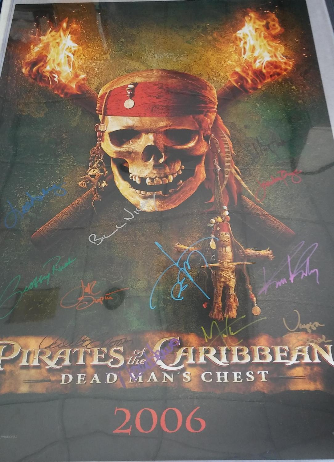 FULL SIZE MOVIE POSTER 'PIRATES OF THE CARIBBEAN: DEAD MAN'S CHEST', *SIGNED* BY CAST (REPRINT POSTER), Disney Enterprises Inc.