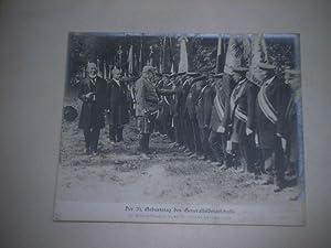 Der 70. Geburtstag des Generalfeldmarschall. Der genralfeldmarschall begrüßt die Veteranen der ...