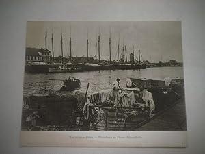 Aus besetztem Gebiet. Motorkutter im Libauer Fischereihafen.: Pressefoto/ Propagandafoto/...