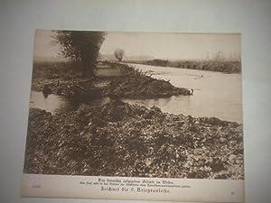 Das freiwillig aufgegebene Gelände im Westen. Ein Fluß wird in das Gelände zur ...