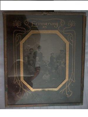 Ferrotypie. Gruppenbild. Erinnerung an das Jahr 1907.