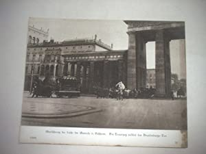 Überführung der Leiche des Generals v. Eichhorn. Der Trauerzug passiert das Brandenburger...