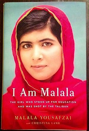 I Am Malala: The Girl Who Stood: Yousafzai, Malala