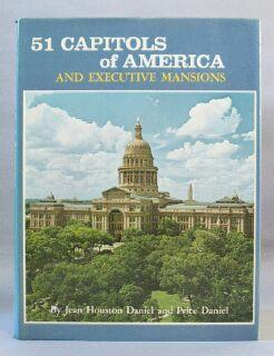 Executive Mansions and Capitols of America: Daniel, Jean Houston; Daniel, Price