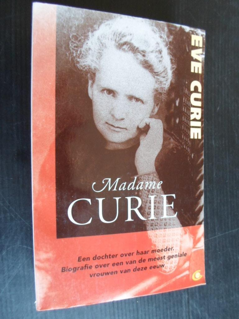 Madame Curie, biografie - Curie, Eve