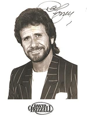 SIGNED, PROFESSIONAL PHOTOGRAPH OF COUNTRY-MUSIC STAR DAVID FRIZZELL