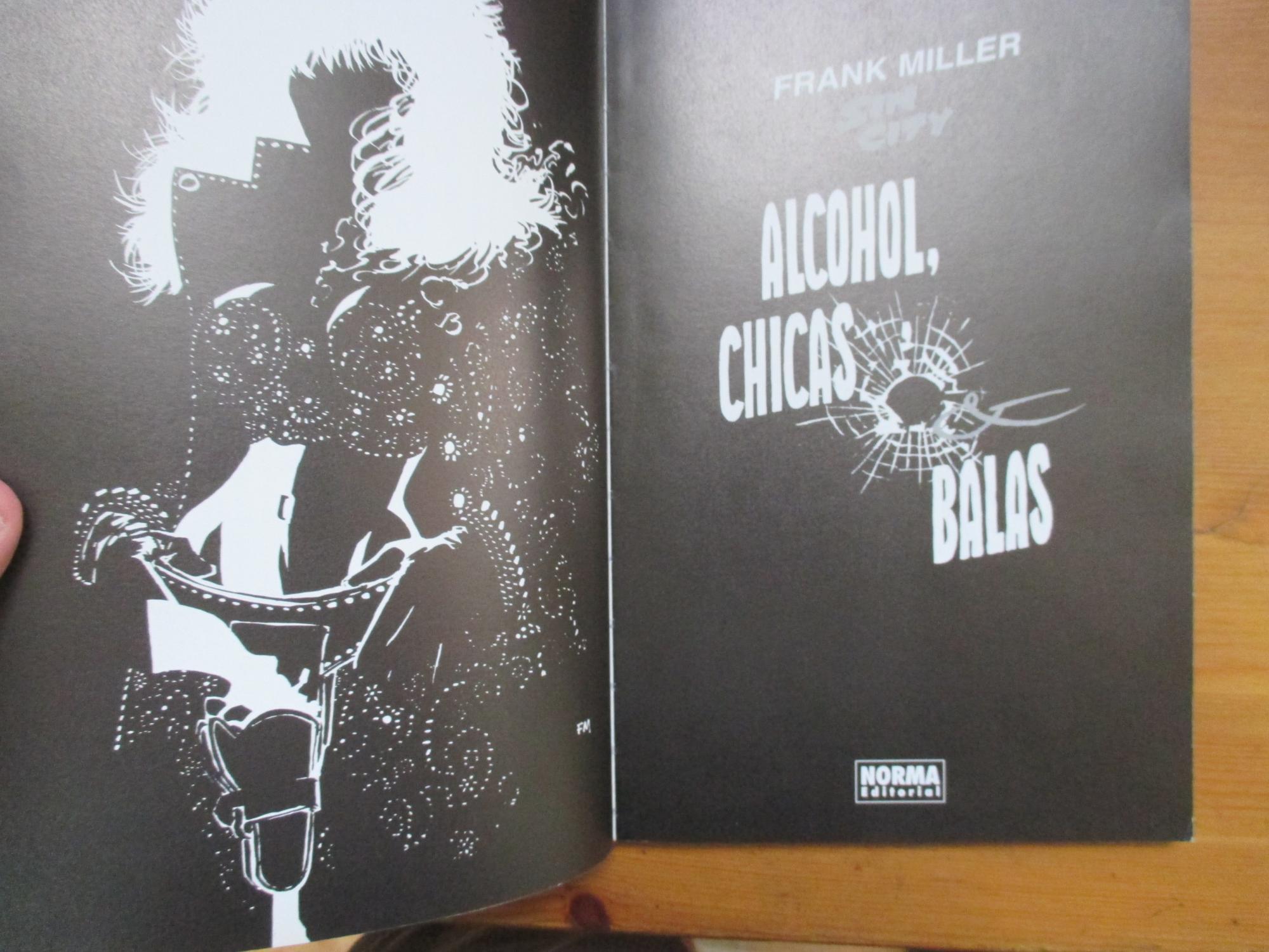 24e2cdd682 Sin City. Alcohol, chicas & balas by Frank Miller: Norma Editorial ...
