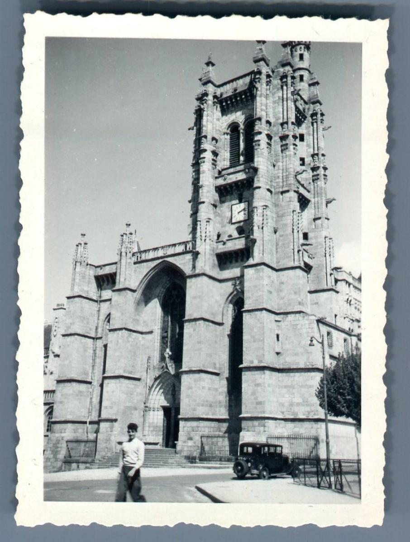 France, Ambert (Puy de Dôme), Eglise Saint: Photographie originale /