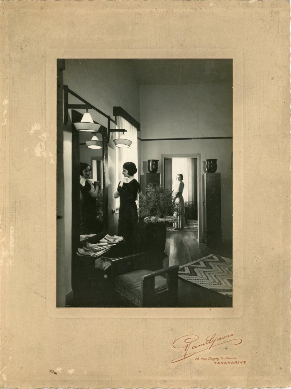 Germaine A Tananarive Salon De Couture Vers