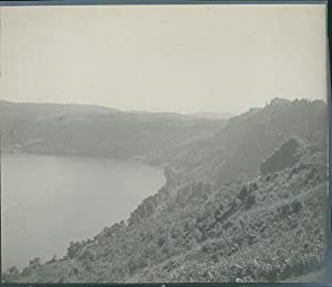 Italia, Lago di Nemi (Dintorni di Roma),: Photographie originale /