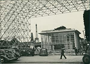 Paris, Grand Palais, exposition de la Reconstruction et de l'Urbanisme