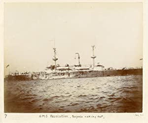 Ship HMS Resolution, torpedo netting out: Photographie originale /