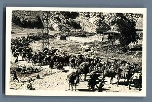 Pakistan, Caravan gathering to cross the Khyber: Photographie originale /