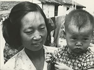Chine, peasantry, farm woman with baby