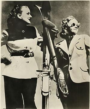 La Mode aux Courses d'Hiver: Photographie originale /