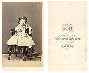 M. Brisdoux et A. Mazeran, Une fillette: Photographie originale /