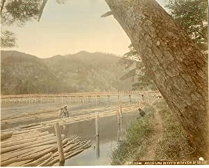 Japon, Arashiama in Kyoto with view of bridge