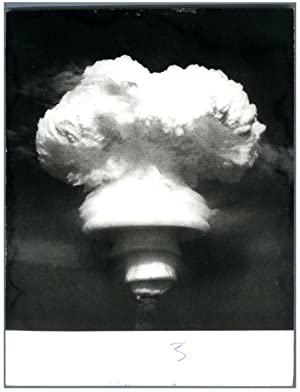 China, Atomic explosion in the atmosphere