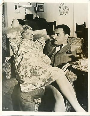 """Cinéma, """"Inspector Clouseau"""", Barry Foster and Beryl: Photographie originale /"""