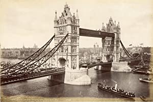 Angleterre, Londres, London, tower bridge, opening day june 30th 1894
