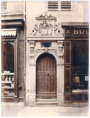 France, Nancy, porte de maison, décoration sculptures, ornements