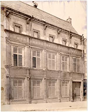 France, Bar-le-Duc, façade d'un batiment, gargouilles, sculptures, ornements