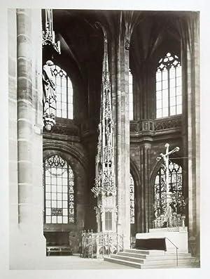 Sacramentshäuschen in der Lorenzkirche. 29,5 x 22,5 cm (Fotoabzug) 50 x 37 cm (Karton), um ...