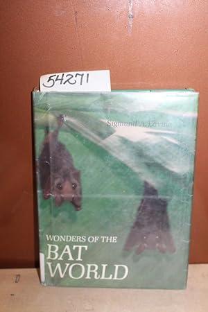 Wonders of the Bat World: Lavine, Sigmund A.