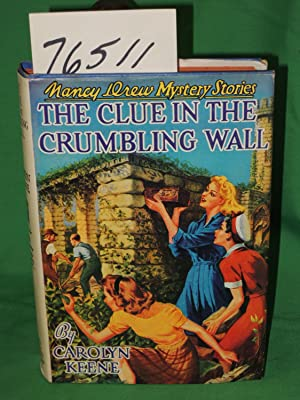 Clue in the Crumbling Wall: Keene, Carolyn