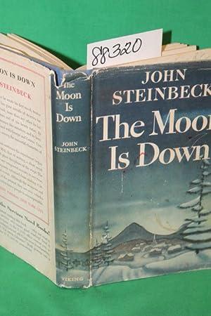 The Moon is Down: Steinbeck, John