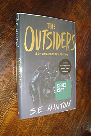The Outsiders (signed): Hinton, S.E.