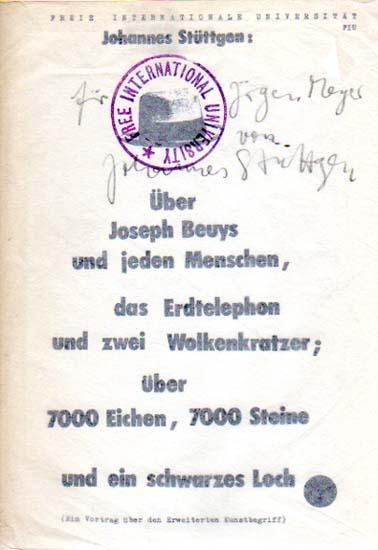 Über Joseph Beuys und jeden Menschen, das Erdtelephon und zwei Wolkenkratzer; über 7000 ...