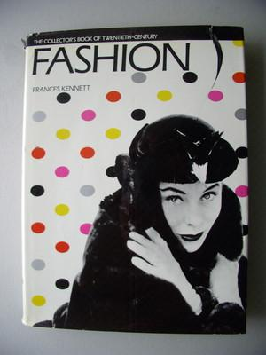 The collector's book of twentieth-Century Fashion 1983 Mode