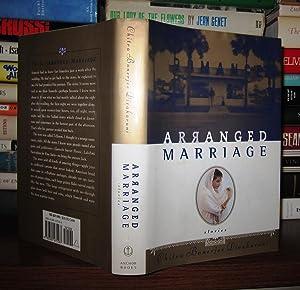 ARRANGED MARRIAGE: Divakaruni, Chitra