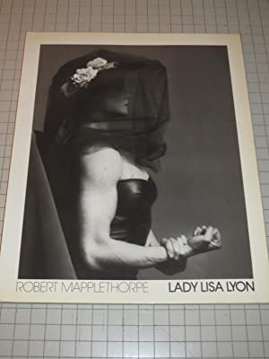 Lady Lisa Lyon - Robert Mapplethorpe (German: Mapplethorpe, Robert; Chatwin,