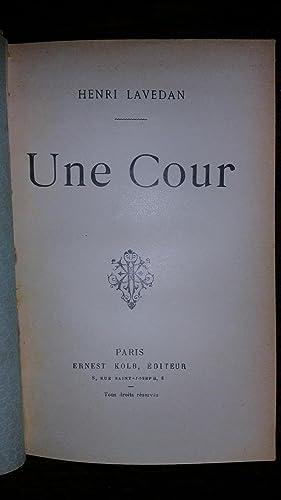 UNE COUR: Henri Lavedan