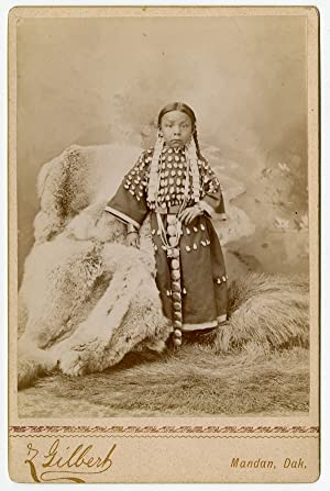 [CABINET CARD PHOTOGRAPH DEPICTING A YOUNG NATIVE AMERICAN GIRL IDENTIFIED AS