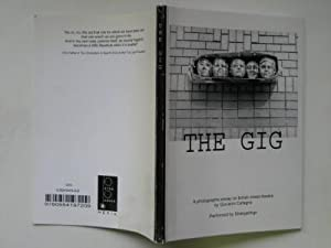 The gig: a photographic essay on British street theatre: Cafagna, Giovanni