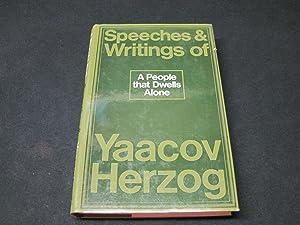 A People That Dwells Alone: Speeches and Writings of Yaacov Herzog: Herzog, Jacob David