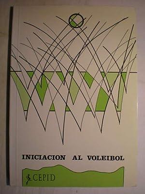 Iniciación al voleibol: Manuela Mainer Sanmartín