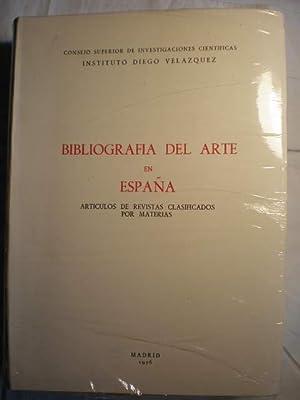 Bibliografía del arte en España. Artículos de: Mari Paz Aguiló,