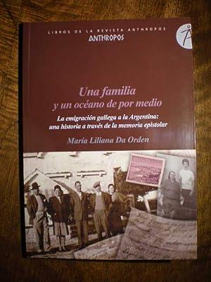 Una familia y un océano de por: María Liliana Da